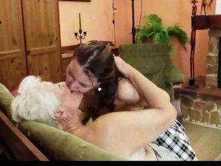 Granny Teaching How To Be Lesbian 2