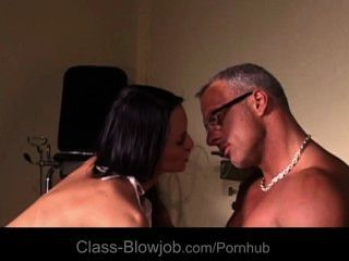 Hot Brunette Making Good Blowjob To Her Man