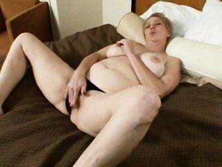 Lusty: Ugly Mature Pornstar
