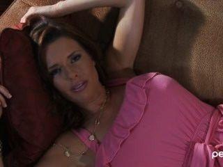 Veronica Avluv Pornstar Interview - Sex Positive & Passionate Mil