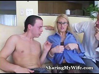 Sharing Milf