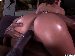 Olivia Wilder Gets Her Tight Pussy Stretched Out By A Huge Black Dick