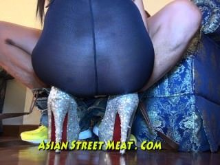 Silky Villagers Bends Over In Philippines City
