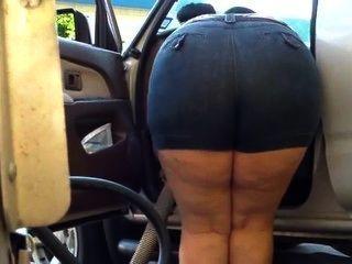 Mom Bend Over Chubby - Big Butt - Plumper Booty - Mature Voyeur Granny Ass