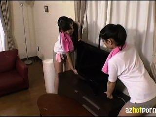 Three Girls Dressed Erotic Came Moving