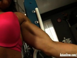 Sexy Work Out Babe Strips To Show Off Her Hot Body