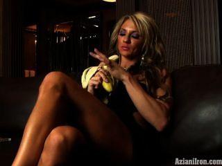 Hot Ass Muscle Milf Eats A Banana